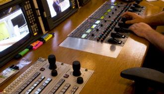 studio-panel-330x189